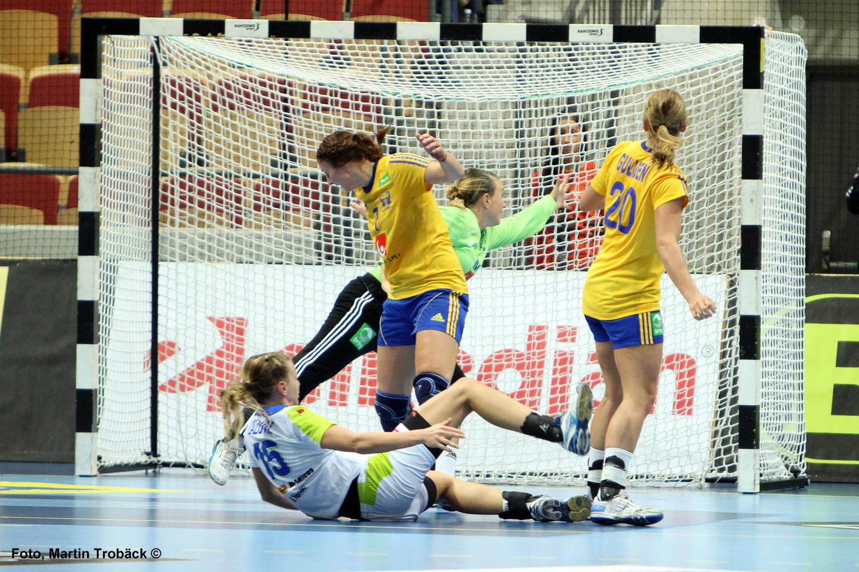 Linn Blohm, Isabelle Gulldén, Cecila Grubbström